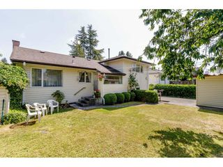 Photo 2: 4349 BARKER Avenue in Burnaby: Burnaby Hospital House for sale (Burnaby South)  : MLS®# R2394609