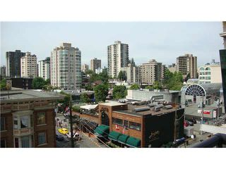 "Photo 3: 607 1060 ALBERNI Street in Vancouver: West End VW Condo for sale in ""THE CARLYLE"" (Vancouver West)  : MLS®# R2396121"