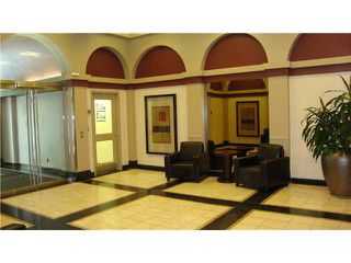"Photo 2: 607 1060 ALBERNI Street in Vancouver: West End VW Condo for sale in ""THE CARLYLE"" (Vancouver West)  : MLS®# R2396121"