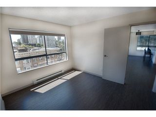 "Photo 7: 607 1060 ALBERNI Street in Vancouver: West End VW Condo for sale in ""THE CARLYLE"" (Vancouver West)  : MLS®# R2396121"