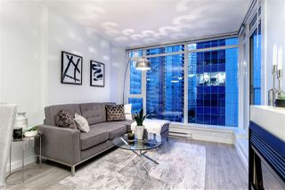 "Photo 2: 503 1188 W PENDER Street in Vancouver: Coal Harbour Condo for sale in ""SAPPHIRE"" (Vancouver West)  : MLS®# R2396964"