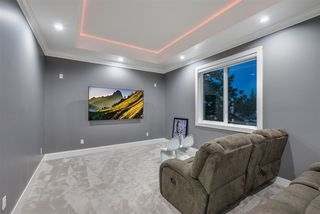 Photo 15: 505 HILLCREST Street in Coquitlam: Central Coquitlam House for sale : MLS®# R2398850