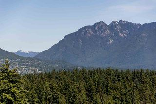"""Photo 12: 1906 2055 PENDRELL Street in Vancouver: West End VW Condo for sale in """"Panorama Place"""" (Vancouver West)  : MLS®# R2417095"""