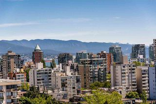"""Photo 13: 1906 2055 PENDRELL Street in Vancouver: West End VW Condo for sale in """"Panorama Place"""" (Vancouver West)  : MLS®# R2417095"""