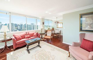 """Photo 2: 1906 2055 PENDRELL Street in Vancouver: West End VW Condo for sale in """"Panorama Place"""" (Vancouver West)  : MLS®# R2417095"""