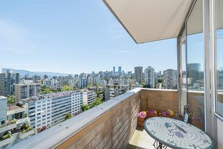 """Photo 8: 1906 2055 PENDRELL Street in Vancouver: West End VW Condo for sale in """"Panorama Place"""" (Vancouver West)  : MLS®# R2417095"""
