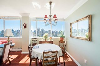 """Photo 7: 1906 2055 PENDRELL Street in Vancouver: West End VW Condo for sale in """"Panorama Place"""" (Vancouver West)  : MLS®# R2417095"""