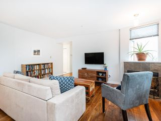 """Photo 6: 315 638 W 7TH Avenue in Vancouver: Fairview VW Condo for sale in """"Omega"""" (Vancouver West)  : MLS®# R2424354"""
