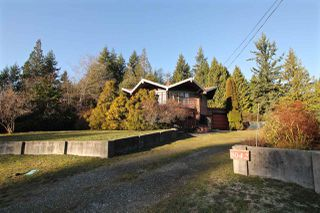 Photo 1: 8042 DOGWOOD Drive in Halfmoon Bay: Halfmn Bay Secret Cv Redroofs House for sale (Sunshine Coast)  : MLS®# R2426525
