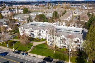 """Photo 18: 311 20881 56 Avenue in Langley: Langley City Condo for sale in """"Roberts Court"""" : MLS®# R2437308"""