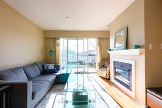 """Photo 2: 311 20881 56 Avenue in Langley: Langley City Condo for sale in """"Roberts Court"""" : MLS®# R2437308"""