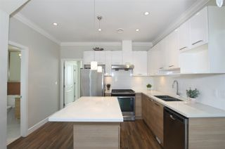 """Photo 7: 1 6511 NO. 2 Road in Richmond: Riverdale RI Townhouse for sale in """"OVAL GARDENS"""" : MLS®# R2444794"""