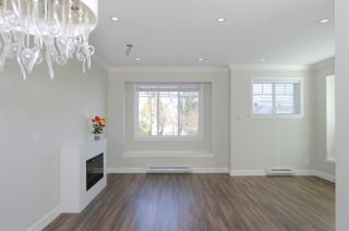 """Photo 5: 1 6511 NO. 2 Road in Richmond: Riverdale RI Townhouse for sale in """"OVAL GARDENS"""" : MLS®# R2444794"""