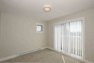 """Photo 10: 1 6511 NO. 2 Road in Richmond: Riverdale RI Townhouse for sale in """"OVAL GARDENS"""" : MLS®# R2444794"""