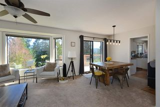 """Photo 6: 1187 MARINE Drive in Gibsons: Gibsons & Area House for sale in """"Hopkins Landing"""" (Sunshine Coast)  : MLS®# R2471035"""