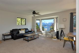"""Photo 5: 1187 MARINE Drive in Gibsons: Gibsons & Area House for sale in """"Hopkins Landing"""" (Sunshine Coast)  : MLS®# R2471035"""