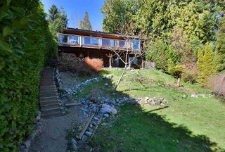 """Photo 3: 1187 MARINE Drive in Gibsons: Gibsons & Area House for sale in """"Hopkins Landing"""" (Sunshine Coast)  : MLS®# R2471035"""