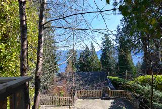 """Photo 20: 1187 MARINE Drive in Gibsons: Gibsons & Area House for sale in """"Hopkins Landing"""" (Sunshine Coast)  : MLS®# R2471035"""