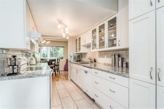 "Photo 9: 15846 MCBETH Road in Surrey: King George Corridor Townhouse for sale in ""Alderwood"" (South Surrey White Rock)  : MLS®# R2474448"