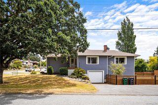 Photo 3: 195 Homer Rd in Saanich: SW Tillicum House for sale (Saanich West)  : MLS®# 844368