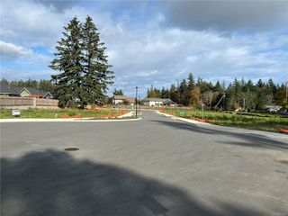 Photo 5: 2 1170 Lazo Rd in : CV Comox (Town of) Land for sale (Comox Valley)  : MLS®# 853868