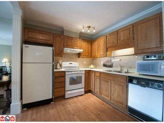 Photo 4: 103 14950 THRIFT AV in White Rock: Home for sale : MLS®# F1226144