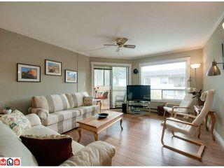 Photo 2: 103 14950 THRIFT AV in White Rock: Home for sale : MLS®# F1226144