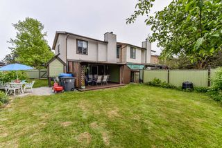 Photo 15: 6921 134A Street in Surrey: West Newton House 1/2 Duplex for sale : MLS®# R2389384