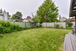 Photo 17: 6921 134A Street in Surrey: West Newton House 1/2 Duplex for sale : MLS®# R2389384