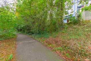 """Photo 20: 3389 FLAGSTAFF Place in Vancouver: Champlain Heights Townhouse for sale in """"COMPASS POINT"""" (Vancouver East)  : MLS®# R2407655"""