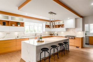 Photo 2: 1420 CHARLAND Avenue in Coquitlam: Central Coquitlam House for sale : MLS®# R2428245