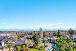 "Photo 2: 320 ROSEHILL Wynd in Delta: Pebble Hill House for sale in ""Pebble Hill"" (Tsawwassen)  : MLS®# R2429359"