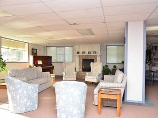 """Photo 9: 211 33535 KING Road in Abbotsford: Poplar Condo for sale in """"Central Heights Manor"""" : MLS®# R2437846"""