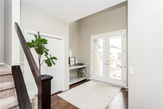 Photo 3: 16 Peregrine Point in Winnipeg: Residential for sale (1H)  : MLS®# 202008379