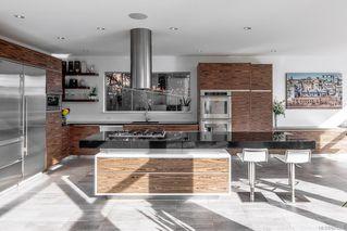 Photo 6: 8407 Lochside Dr in Central Saanich: CS Saanichton House for sale : MLS®# 841208
