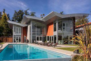 Photo 38: 8407 Lochside Dr in Central Saanich: CS Saanichton House for sale : MLS®# 841208