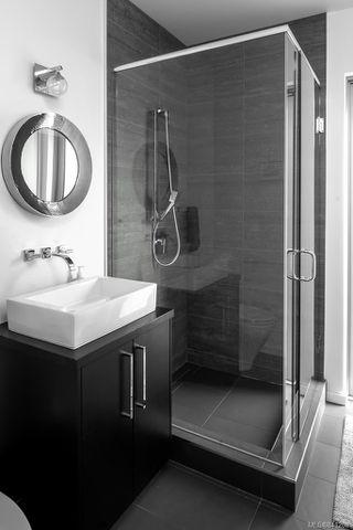 Photo 30: 8407 Lochside Dr in Central Saanich: CS Saanichton House for sale : MLS®# 841208