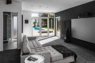 Photo 16: 8407 Lochside Dr in Central Saanich: CS Saanichton House for sale : MLS®# 841208