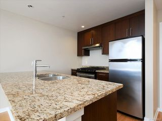 Photo 5: 802 379 Tyee Rd in Victoria: VW Victoria West Condo for sale (Victoria West)  : MLS®# 843962