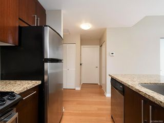 Photo 7: 802 379 Tyee Rd in Victoria: VW Victoria West Condo for sale (Victoria West)  : MLS®# 843962