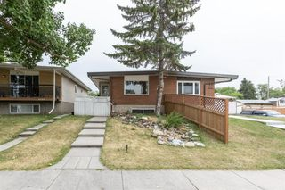 Main Photo: 6046 17A Street SE in Calgary: Ogden Semi Detached for sale : MLS®# A1025922