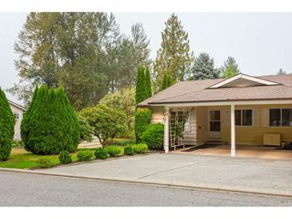 "Photo 3: 11 3350 ELMWOOD Drive in Abbotsford: Central Abbotsford Townhouse for sale in ""Sequestra Estates"" : MLS®# R2515809"