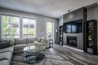 """Photo 2: 36 2418 AVON Place in Port Coquitlam: Riverwood Townhouse for sale in """"LINKS"""" : MLS®# R2391087"""