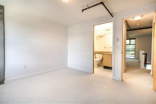 "Photo 15: 706 428 W 8TH Avenue in Vancouver: Mount Pleasant VW Condo for sale in ""XL LOFTS"" (Vancouver West)  : MLS®# R2409662"