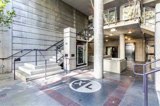 "Photo 1: 706 428 W 8TH Avenue in Vancouver: Mount Pleasant VW Condo for sale in ""XL LOFTS"" (Vancouver West)  : MLS®# R2409662"