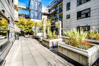 "Photo 18: 706 428 W 8TH Avenue in Vancouver: Mount Pleasant VW Condo for sale in ""XL LOFTS"" (Vancouver West)  : MLS®# R2409662"