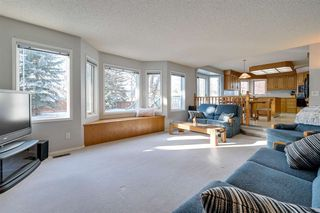 Photo 19: 142 HEALY Road in Edmonton: Zone 14 House for sale : MLS®# E4179304
