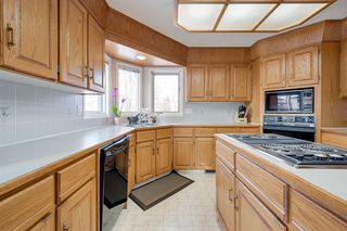 Photo 12: 142 HEALY Road in Edmonton: Zone 14 House for sale : MLS®# E4179304