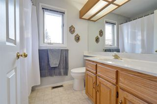 Photo 33: 142 HEALY Road in Edmonton: Zone 14 House for sale : MLS®# E4179304