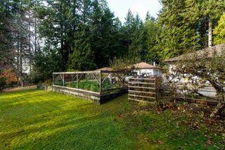 Photo 6: 260 KNIGHT Road in Gibsons: Gibsons & Area House for sale (Sunshine Coast)  : MLS®# R2425617